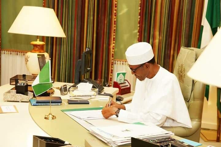 Image Result For Buhari Minimum Wage